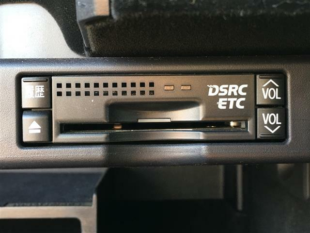 【ナビ画面連動ETC】最近では必須となっているETC。高速道路使用時スムーズにETCレーンを通り抜けることが可能ですよ♪*ETCマイレージ登録も強くおすすめ致します。