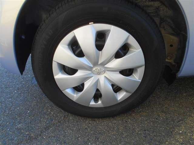 タイヤサイズ165/70/R14です。