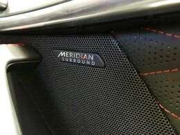 【Meridianサウンドシステム メーカーオプション参考372,000円】「最適に配置されたスピーカーとデュアルチャンネルサブウーファーにより、澄みきった高音から深みのある低音まで豊かなサウンドを生み出します。」
