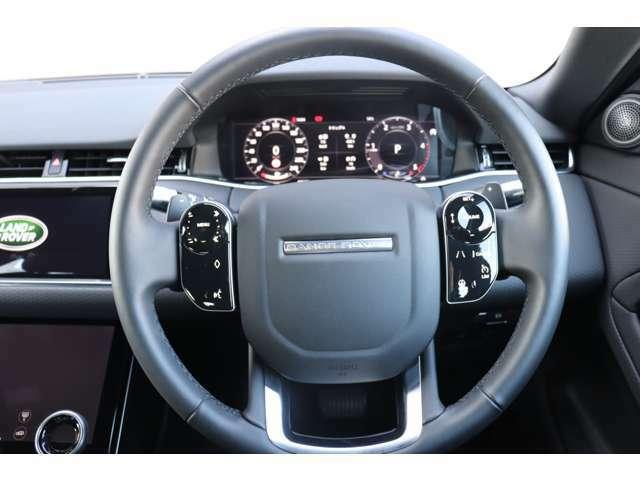 ドライブパック(113,000)電動調整ステアリングコラム(22,000)ブラックギアシフトパドル(33,000)
