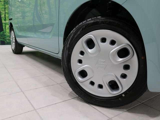 ●純正ホイールキャップ装備。各種アルミホイール+タイヤやスタッドレスのセットもお取扱いございますのでご検討の方はスタッフまでご相談ください。