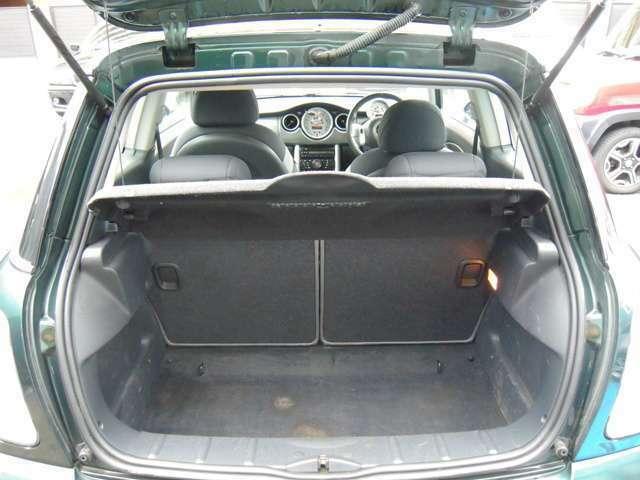 車内ルームクリーニングしての納車。