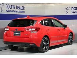 スポーティな外観に赤い車体!スポーツカーを彷彿とさせるスタイリング!2.0i-Sアサイトです!8インチナビ Rカメラ ETC付きです。日常と非日常を楽しむアナタに、どうぞ!!