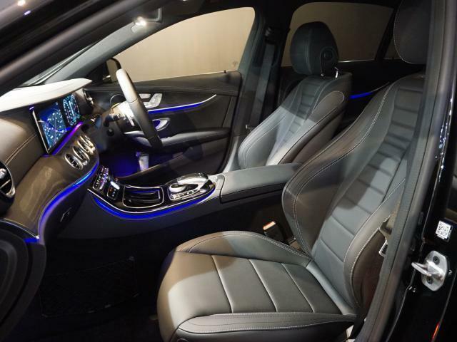 運転席と助手席にはシートヒーターがついており、冬場のドライブも快適です。
