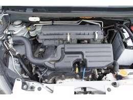 エンジン部画像です。およそ5km、試乗も致しましたが、エンジンは吹け上がりもよく異音や白煙もありません。オートマもスムーズに変速します。冷暖房も問題ありません。