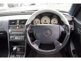 11.9万キロと年式相応にマイレッジを重ねておりますが、しっかりと整備されていたお車です。