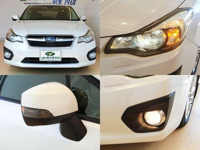 純正HIDヘッドライト装着!夜間に便利なオートライト機能付きになります。