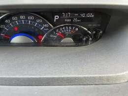 走行距離は40102kmとまだまだ安心してお乗りいただけます(^^♪