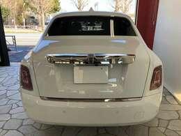 車検証寸法、全長599cm全幅202cm全高164cmになります。
