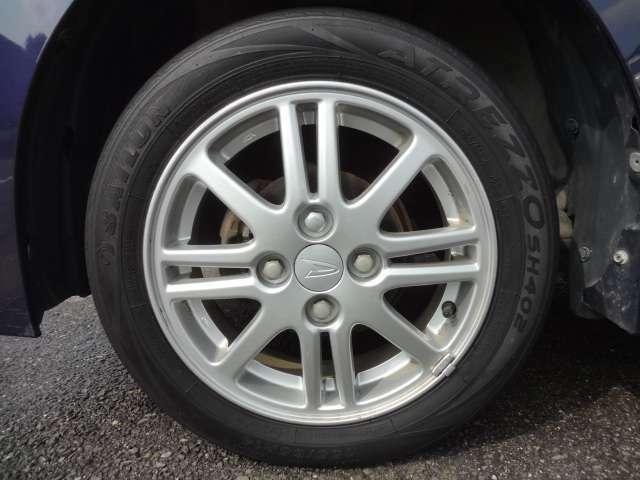 純正アルミホイール 納車時に新品タイヤ交換渡し