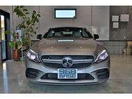 19モデル、右H、走行8,600km!新車保証&車検、令和4年1月末まで!新車時からのディーラー点検記録簿付き安心車用!!