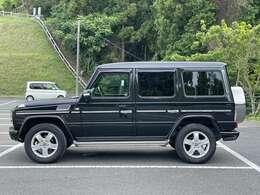 内装、外装ともに比較的綺麗な車両です。