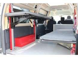 高さ調整も可能で大きな荷物を載せるときにも便利な機能です☆