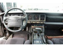 最終型/コーベルエアロ/GTAオーバーフェンダー/社外4本出マフラー/純正16アルミ/82年リアスポイラー&テール
