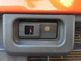 ◆スマートアシスト◆衝突被害軽減ブレーキ、誤発進抑制機能(前方)衝突警報機能を主軸としています。