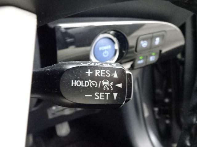 高速道路で運転をサポートしてくれる『クルーズコントロール』付☆アクセルを踏まなくても自動でスピードを調節してくれる優れもの。
