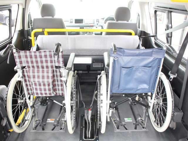 ハイエース(レジアスエース)は室内高も十分にあり、車いすの方もゆとりをもったご乗車が可能です〇