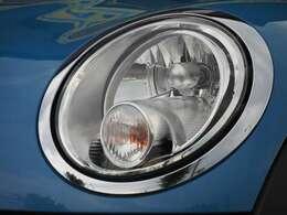 ヘッドライトレンズのくもりもなく綺麗な状態です。◆業界でも厳しいとされる第三者検査機関AISがつけた評価は修復歴無、機関正常の4点。高い評価をいただきました!車両品質評価書付きのカーセンサー認定車両です。