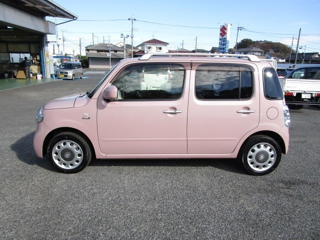 人気のムースピンクM 外装も程度良好な車両です。