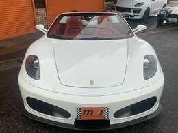 平成19年式(07y)フェラーリF430スパイダーF1!正規ディーラー車!左ハンドル!電動オープン!ロッソレザーフル電動デイトナシート!鍛造F19R20インチホイル付!オオニシヒートマジックマフラー!