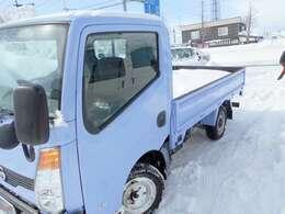 北海道外も販売大歓迎です。軽自動車は、北海道外 関東圏内まで+6万円でお受け致します。(沖縄、離島を除きます)。全車メ-ター管理システムにて走行距離チェック済!!