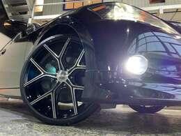 ウィンカーミラー☆3連LEDヘッドライト☆フォグLED化☆新品WALDILLIMA20インチAW☆タイヤサイズ225/35R20☆タイヤやホイールの変更も可能ですのでお気軽にご相談ください!