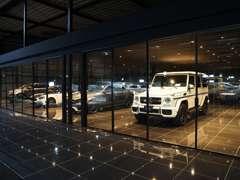 店舗配車前の車両を含め約200台の輸入車を展示していますので、幅広いラインナップの輸入車からお選びいただけます。