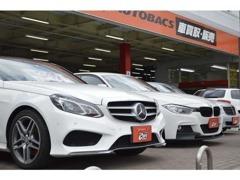 新車から未使用車、輸入車・中古車まで取り扱っております。