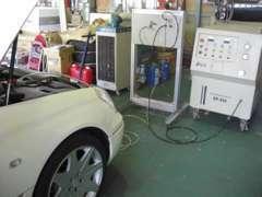 エンジンカーボンクリーニングシステムを導入。他社とは違う、日本初の特許過程で使用!