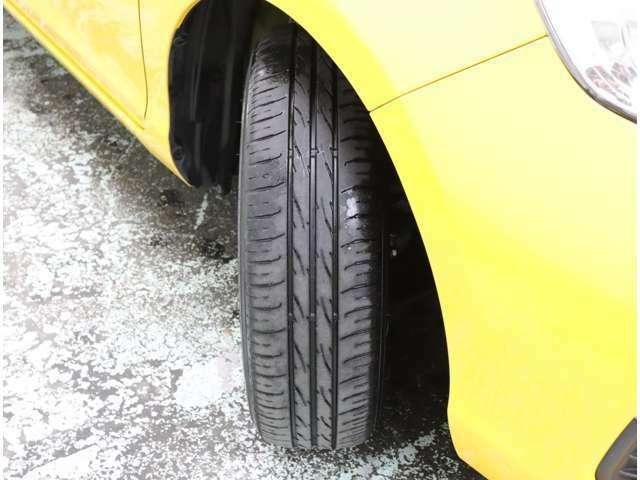 タイヤの状態も現車にてご確認下さいませ(^^)/