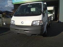 日産 バネットトラック 1.8 DX ダブルタイヤ 4WD