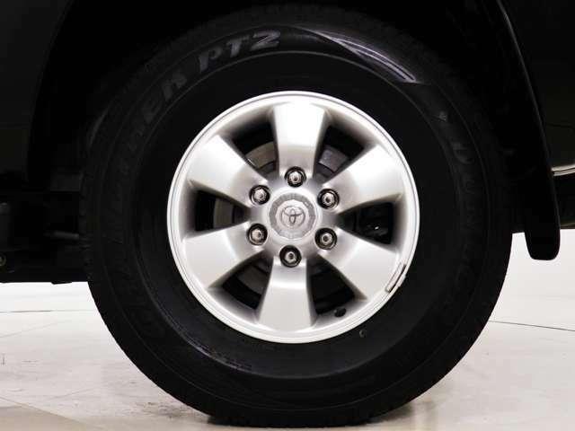 タイヤホイールのカスタムも可能でございます。