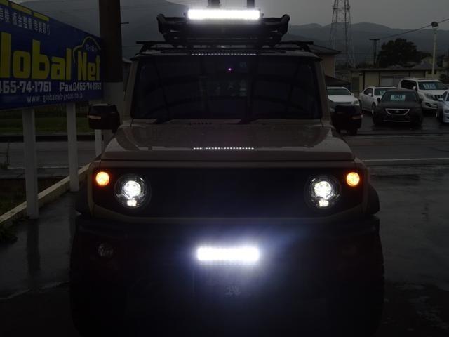 ナイトショットもカッコイイ!LEDライトの真っ白な光は、見た目のカスタム度もアップ☆夜間走行も明るいです!雨の日にも見やすいので、とても重宝します!弊社オススメの一台!売れてしまう前にご来店して下さい