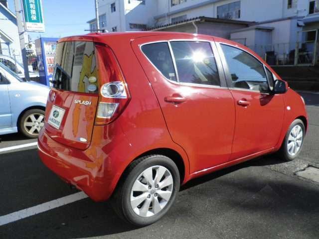 北海道、沖縄以外のお客様には総額表示金額プラス輸送費でお車をお渡しできます。車販売関係者の方も業者販売も可能です。(一部車種は除きます。)