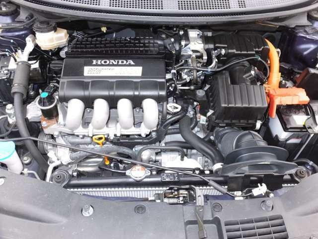 当社の車は、エンジンルームまでピッカピカ^m^