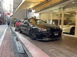 BMW M6 カブリオレ 4.4 フルカスタム