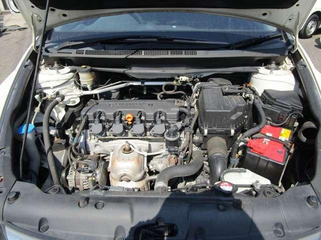 エンジンミッション1ヶ月又は1000キロ保証。有償保証1年から3年まで237項目にわたりロードサービス付の安心プランもございます。※「初度登録より13年13万キロまで」一部対象外車種もあります。