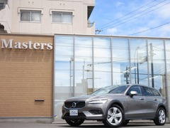 ボルボ V60クロスカントリー の中古車 T5 AWD 4WD 岐阜県羽島郡岐南町 379.8万円