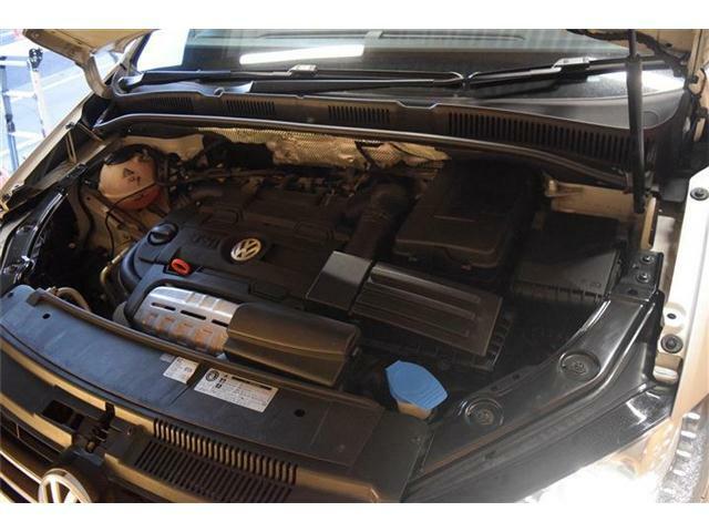 エンジンに異音やオイル漏れは見受けられずとても良い状態のエンジンです