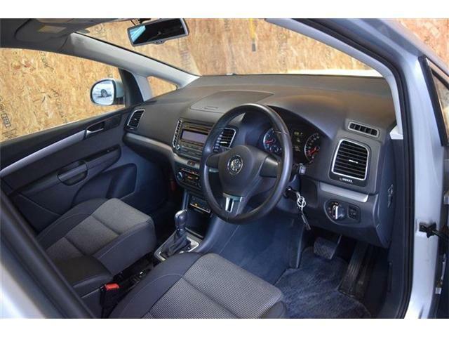 当店ではAg+を使用した除菌消臭を全車に施していますお子様にも安心安全なAg+で快適なドライブをお楽しみください