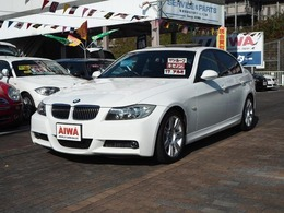 BMW 3シリーズ 323i Mスポーツパッケージ 電動サンルーフ 直列6気筒エンジン