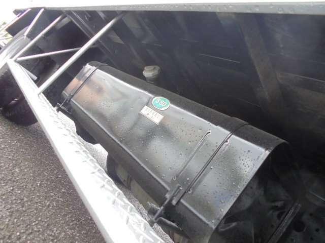 平ボディ・ダンプ・クレーン・冷凍冷蔵車・バキュームカー・散水車・高所作業車・積載車等、特殊車の仕入れにもこだわり、皆様のお仕事の即戦力となるべく「はたらく車」を、ここ宮崎から全国へお届けしています!!