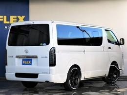 フレックスオリジナルパーツで統一されたカスタム車両となっております!