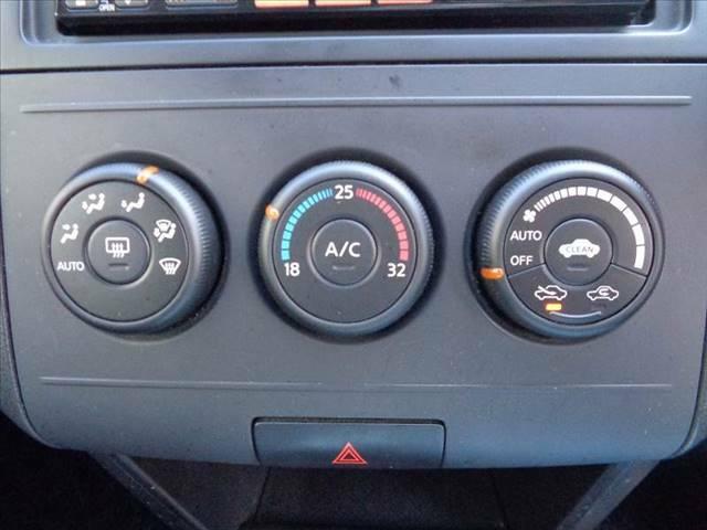 気になる車両などあれば、すぐにお問合せ下さい!右のカーセンサー専用ダイヤルからお電話いただくとスタッフがご質問にお答えいたします。