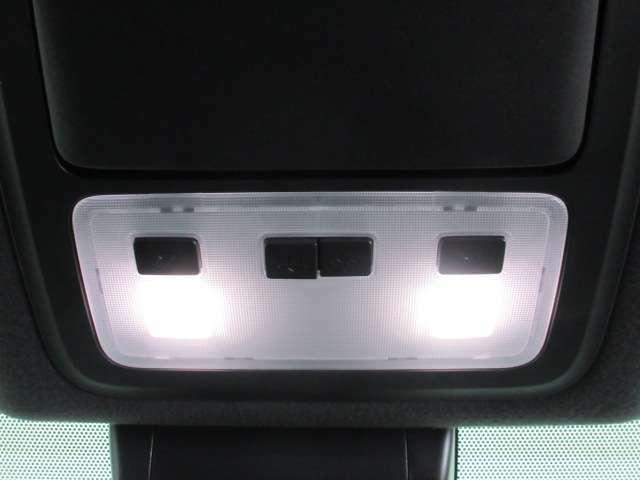 LEDルームランプ付き!!