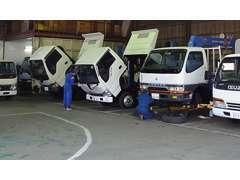 ☆九州運輸局長認証工場です☆整備士も10名常駐しています☆