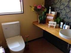 【女性専用トイレ新設】明るく広い女性用トイレ!男性用は別途有