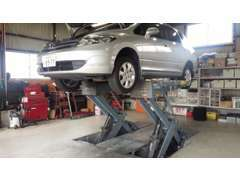 自社工場を完備。カスタムカーやオーディオ制作もお任せ下さい!アフターサービス、修理、車検、事故対応も任せてください!