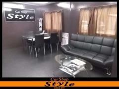 商談スペースです。お客様のニーズにお応え出来るように精一杯頑張ります!!