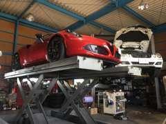 安心の認証工場完備となっております!輸入車の整備も得意としておりますので、まずはご相談下さい!